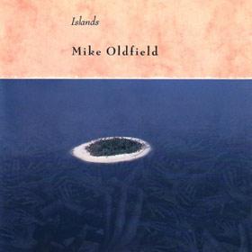 La copertina di Islands